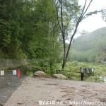 南木曽岳登山口のゲート前駐車場