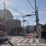 上之郷小学校前の信号