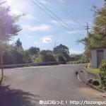 意賀美神社本殿南側のT字路
