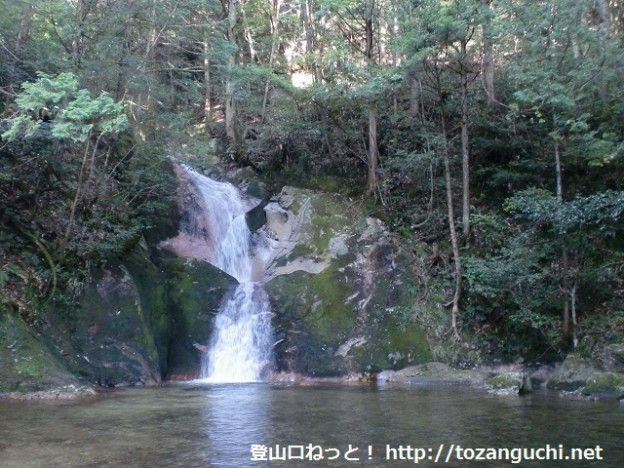 五竜ノ滝の「竜尾の滝」(寂地峡)