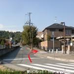 阪急山本駅北口から住宅街に入るところ