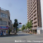 JR山口駅前の車道(スカイロード)