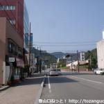 山口市民会館前の車道