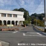 湯浅警察署前の車道