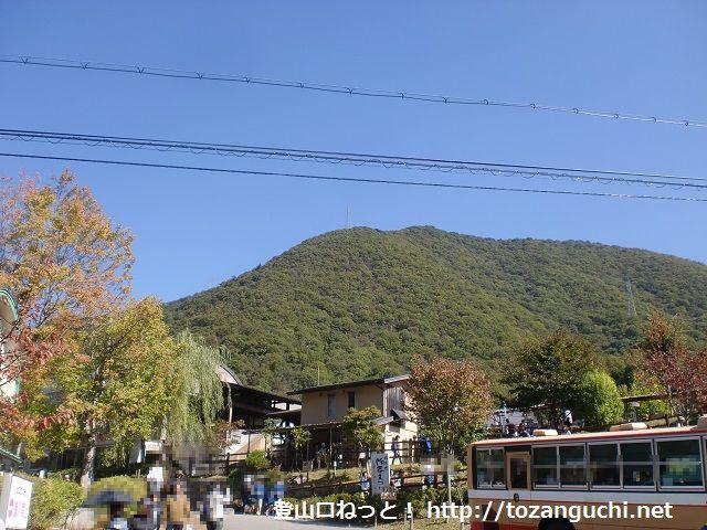 陶の郷から見る虚空蔵山