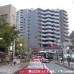 宝塚駅南口から武庫川を渡ったところ