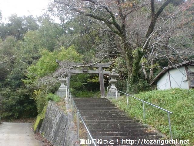 竜王山の登山口 忍頂寺と宝池寺にアクセスする方法