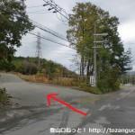 阿武山口バス停横のT字路を左に入る