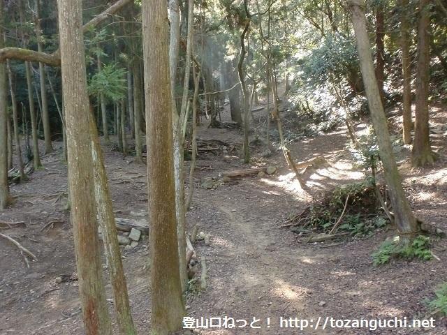 お菊山の登山口 新家のマウンテンバイク練習場へのアクセス方法