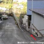 南海電鉄上古沢駅から不動谷に降りるところ