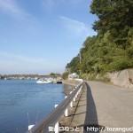 湯浅の端崎に行くところの海岸線沿いの車道