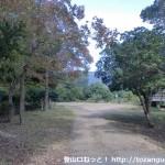 なかつ平成の森の飯盛山登山口前の広場
