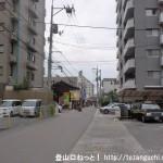 下祗園駅前の車道
