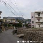 下祗園駅から武田山憩いの森に行く途中の坂道