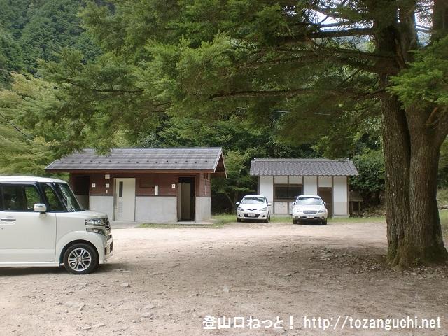 可部山・堂床山の第一キャンプ場登山口の駐車場