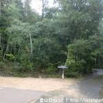 鎌倉寺山のキャンプ場側の登山口前の駐車場