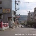 JR野崎駅東側の慈眼寺に向かう車道