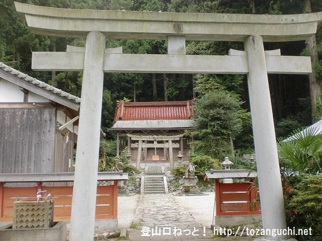 高天彦神社(金剛山の郵便道コース登山口)