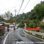長谷寺前の車道
