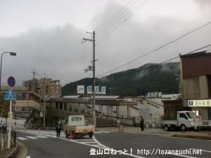 近鉄の榛原駅(北口)