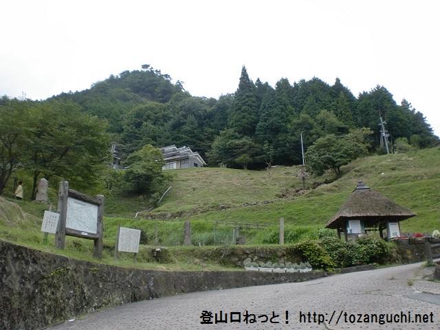 三郎ガ岳の登山口 小峠と仏隆寺にアクセスする方法