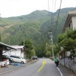天川和田バス停から北に進む