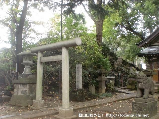 品川神社の富士塚にアクセスする方法