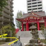 成子天神社の本殿左奥に進む