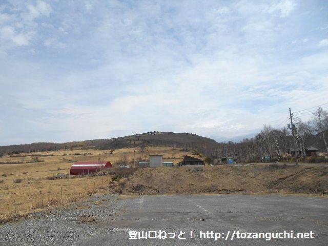 菅平高原の根子岳・四阿山登山口から見る根子岳