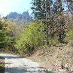 国民宿舎裏妙義の西側にある丁須ノ頭(裏妙義)の登山道入口