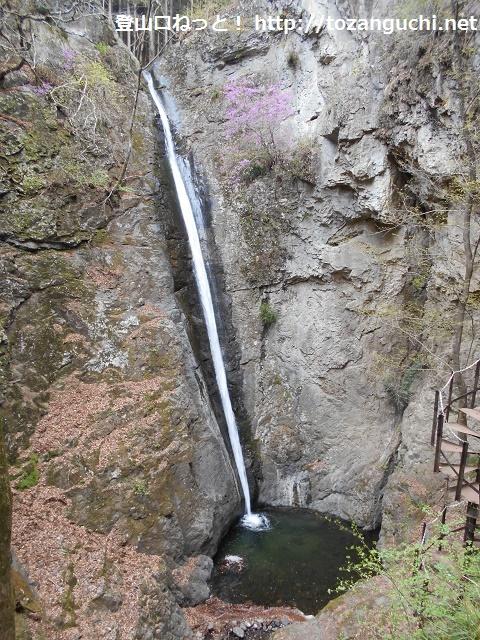 南牧村の線ヶ滝