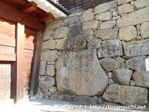 上田城大手門の真田石