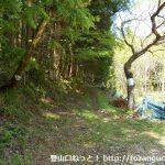 村松堰堤の少し先の林道のT字路