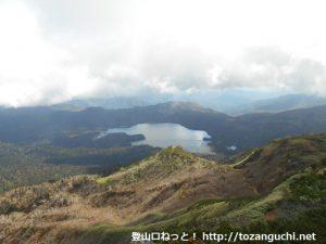 燧ケ岳山頂から見下ろす尾瀬沼