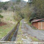 白水山に向かう林道の入口
