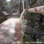 檜峯神社の登山コースの入口