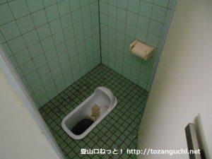 檜峯神社のトイレ