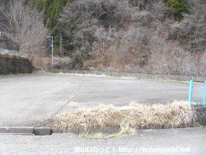 加入道山と大室山の登山者用駐車場