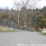 浅川バス停(富士急山梨バス)