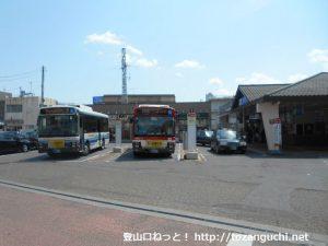 新松田駅(北口)バス停(富士急湘南バス)