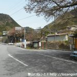 積翠寺バス停(山梨交通)