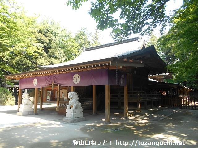 唐沢山神社の本殿と拝殿
