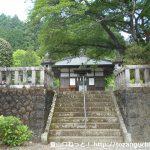 三峰山の祖霊殿